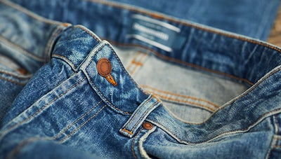 jeans som håller in magen